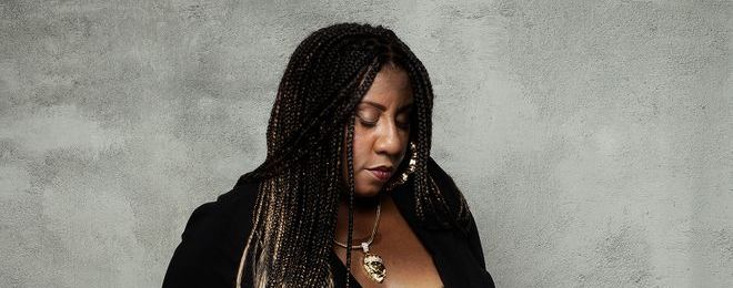 MinneCulture | Singer-Songwriter Annie Mack Finds Her Truth in The Blues